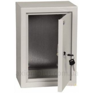 Фото серый монтажный бокс IEK ЩМП 3.2.1-0-36 размер 300х210х150мм